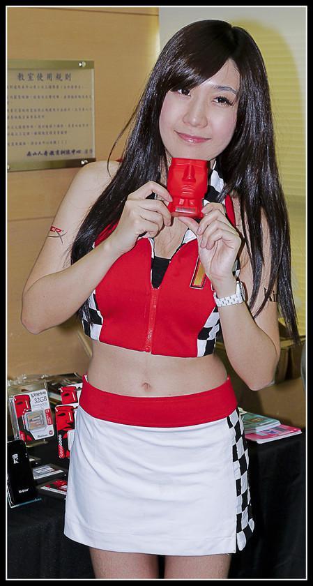 [2012XF網聚]集結英豪~正妹湧現(多圖)~傑瑞跟著網友暴動了!!! - XFastest - xf-121.jpg