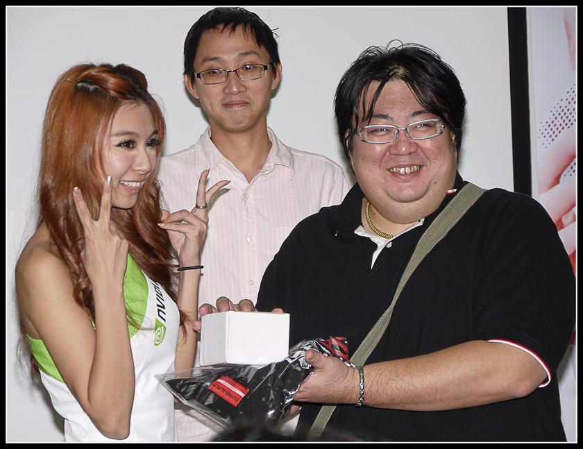 [2012XF網聚]集結英豪~正妹湧現(多圖)~傑瑞跟著網友暴動了!!! - XFastest - xf-175.jpg