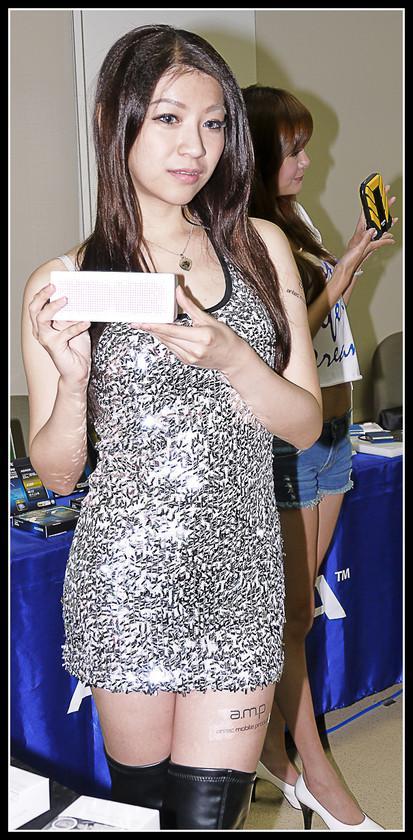 [2012XF網聚]集結英豪~正妹湧現(多圖)~傑瑞跟著網友暴動了!!! - XFastest - xf-218.jpg