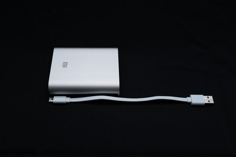 [XF] CP值極高的小米行動電源簡單開箱