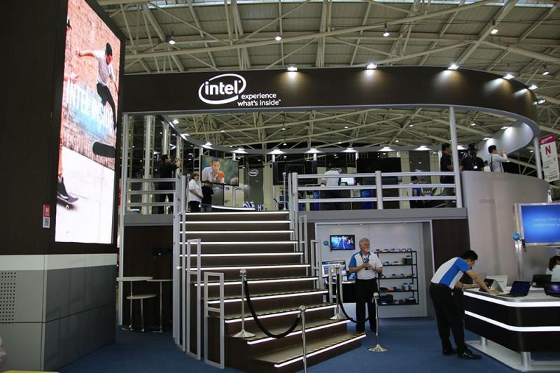 Intel 英特爾 Computex 2015 攤位採訪