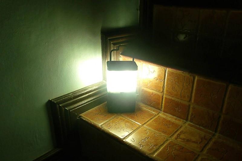 用鹽水就可以點亮的燈座!