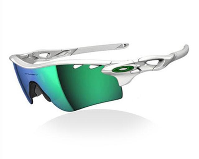 新蛋全球生活網搶在前  運動健身無懼   電影破風助陣   OAKLEY太陽眼鏡買氣旺