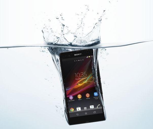 日本手機為啥都有防水功能?