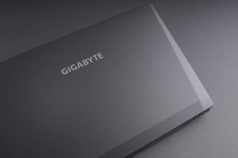 """技嘉於CES發表全新P57電競筆電 完整第六代Intel """"Skylake""""處理器電競筆電產品線登場"""