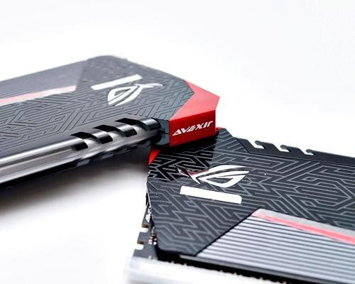 [XF] 雷行競器 電光耀目 AVEXIR ROG CERTIFIED Red Tesla DDR4 2666 8GB kit 評測 - XFastest - DSC04372CR.JPG