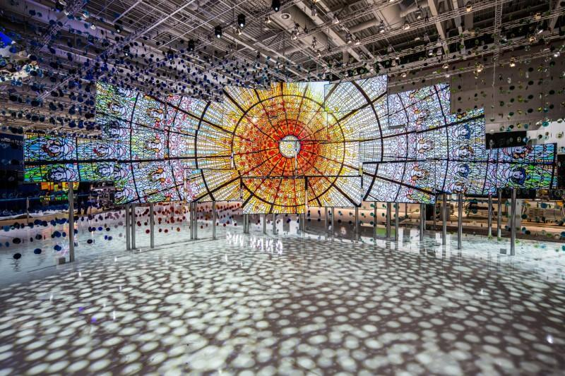 Samsung三星聯手德國新銳藝術家於IFA 2016打造The Origin of Quantum Dot展場