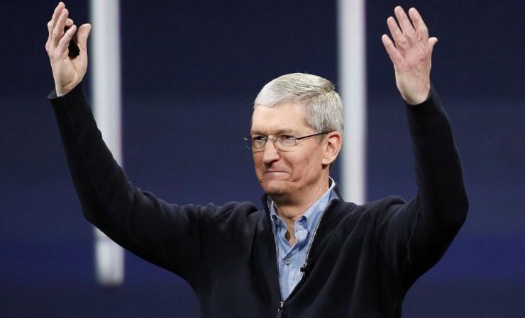 """黑莓放棄手機業務後,蘋果""""趁虛而入""""要霸占企業市場"""