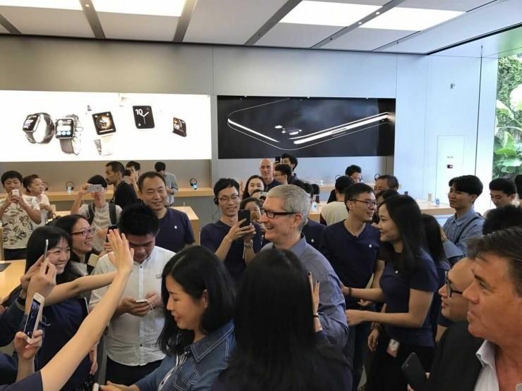 蘋果CEO庫克昨夜來深,要在深圳建立研發中心