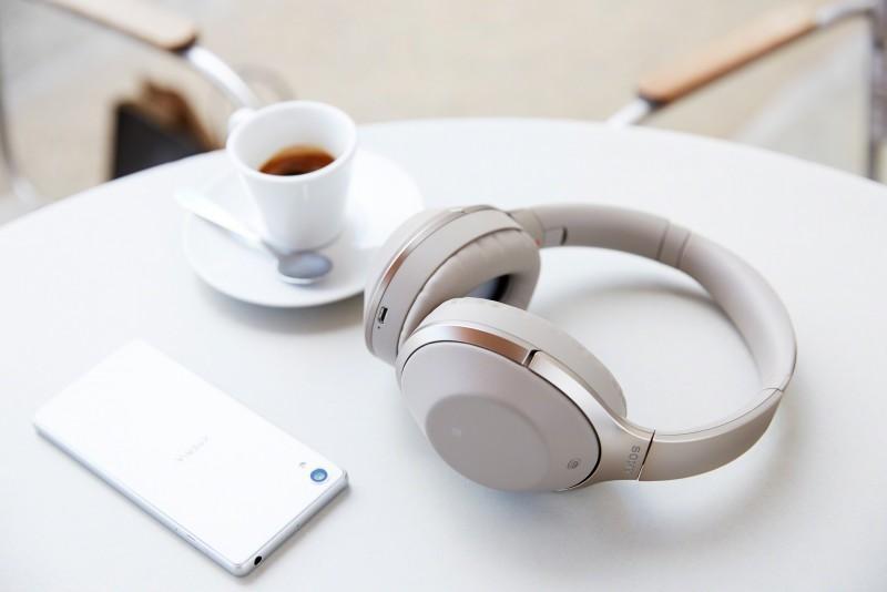 張鈞甯首度跨足「樂」壇代言Sony年度耳機系列