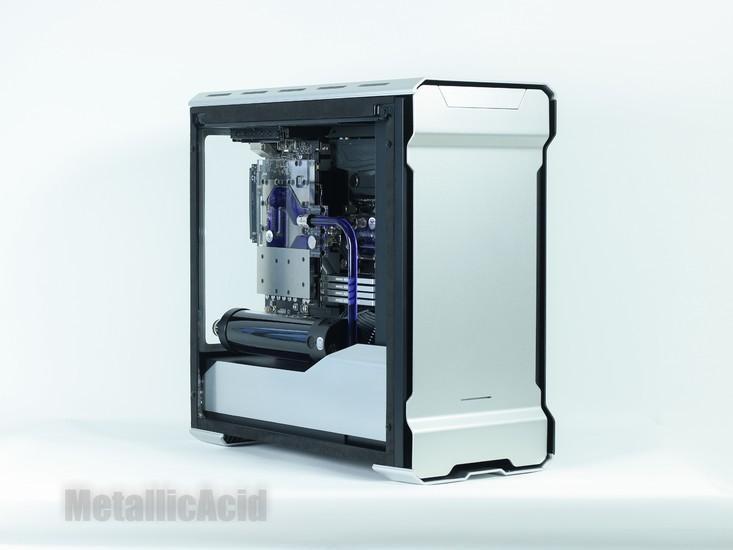 Phanteks Evolv ATX Tempered GlassIntel