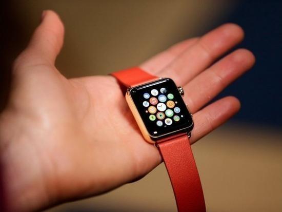 Apple Watch Series 2 做聖誕禮物很搶手?蘋果員工稱已經供不應求