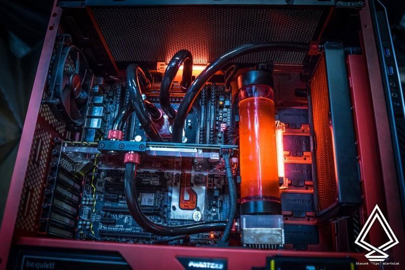 水冷電腦軟管配置