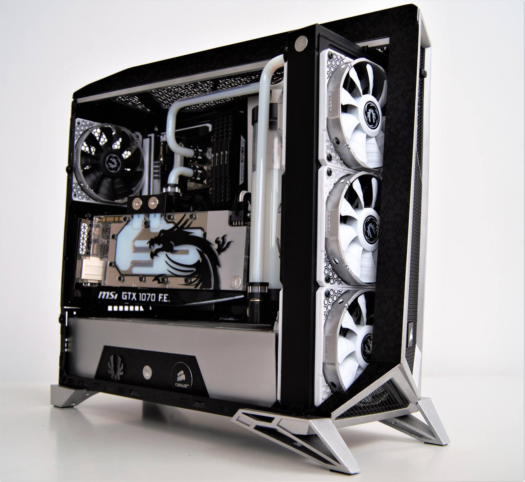 Corsair Carbide SPEC-Alpha - XFastest - 17834128_1705731102777188_6495216594162066235_o.jpg