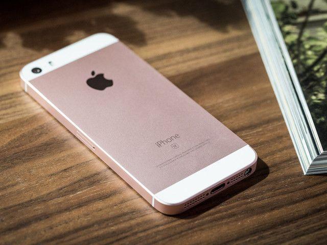 還是小螢幕好!iPhone SE用戶滿意度居首