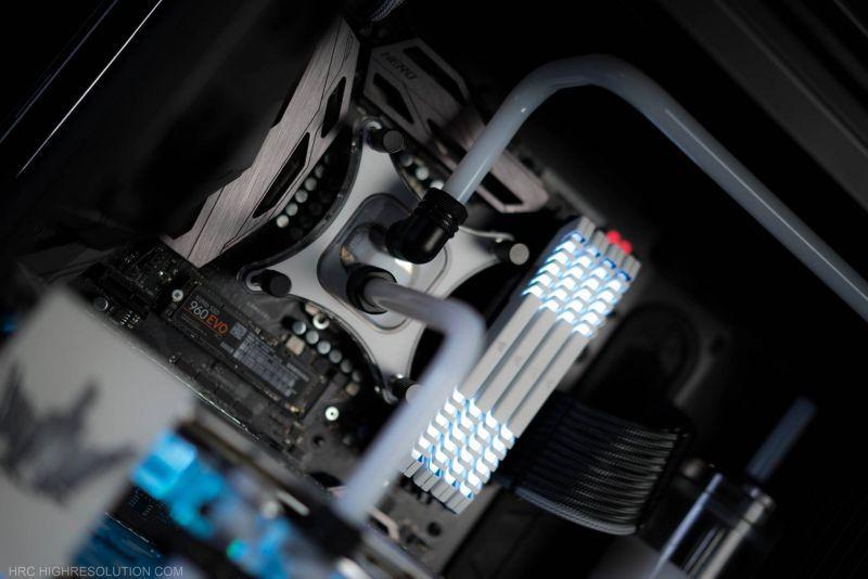 CORSAIR 570X RGB - HOF