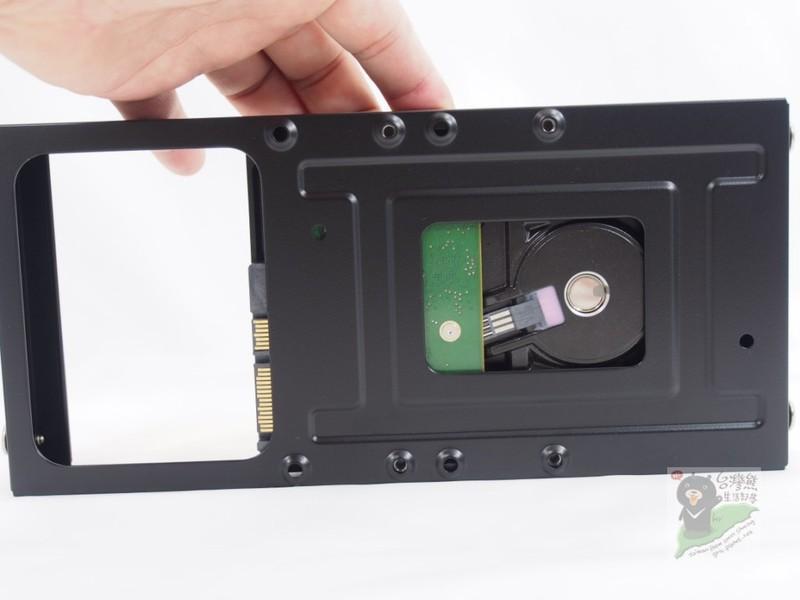 [XF] 兼具質感、實用、空間與散熱佳的mini-ITX機殼 - Antec ISK600