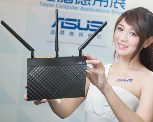 華碩應用展台北開跑 全新手機平板ASUS Fonepad 7 FE375搶先登場