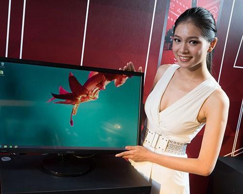 華碩ROG G20、GR8電競桌機稱霸資訊月 全面啟動輕奢華電競時尚