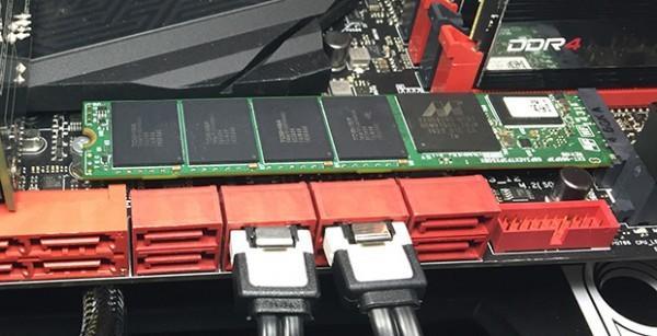 [CES2015]Plextor推出PCIe SSD新品M7e和M6e Black Edition,挑戰三星XP941