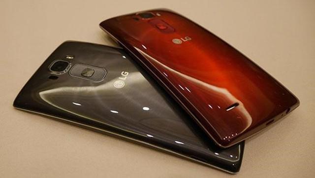 傳LG曲面螢幕G Flex3明年3月發:6吋QHD螢幕