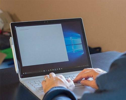 Surface Book正式發售問題一大堆,使用者跳腳