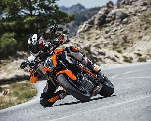 KTM賽事奪冠常勝軍 創下輝煌紀錄 賽車工藝的優越性能 多功能的跨界車種 KTM 1290 SUPER DUKE R