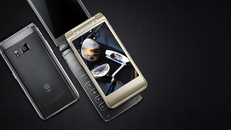 Samsung SM-W2016登場 堪稱最強的折疊機