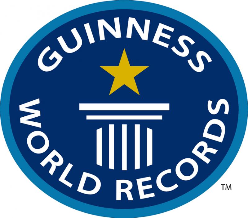Intel團隊以控制100架無人機打破金氏世界紀錄