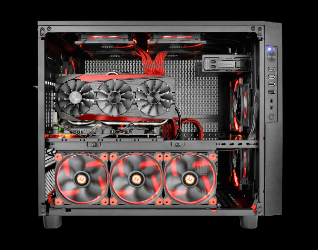 曜越推出Core X5靚黑版及Core X5 Riing綠化版平躺式機殼系列