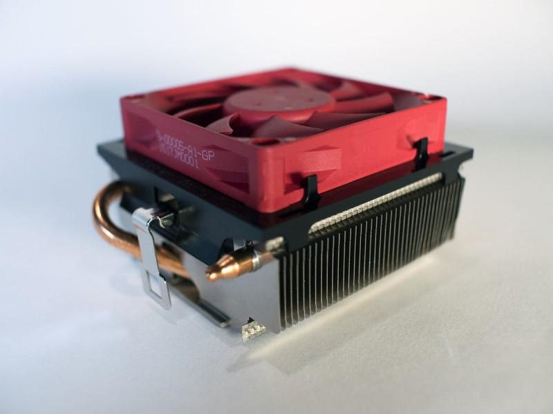 AMD推出全新散熱解決方案與處理器 提供近乎靜音的可靠效能