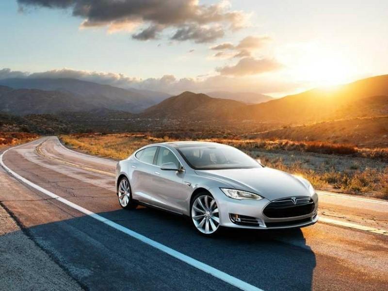 彭博社:特斯拉 Model 3 電動車售價或接近2萬5美元