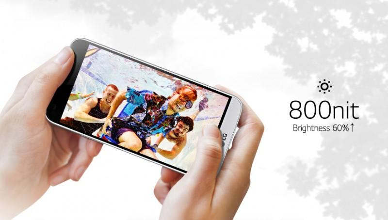 LG G5採雙鏡頭金屬機身設計,可更換電池之模組化手機,搭配配件更強大