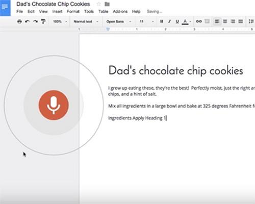 Google Docs 現在可以直接用語音編輯文字,可惜只支援英文