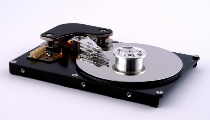 最小單原子磁鐵問世:超級電腦硬碟就靠它了