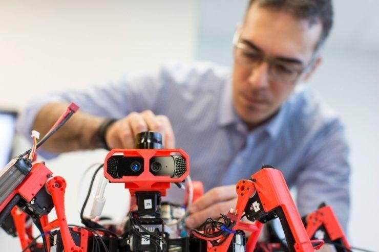 西門子用玉米3D打印了一個機器人,可以造船造飛機