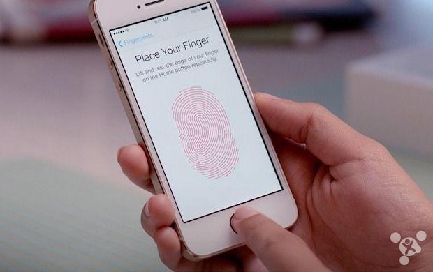 美國法院: FBI可強迫別人用指紋解鎖iPhone