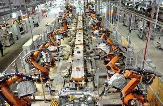富士康用機器取代人工,6萬工人下崗