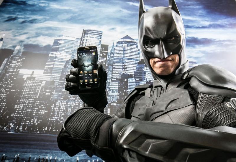 黑暗來襲 經典再現 Galaxy S7 edge Injustice Edition限量組強勢抵台