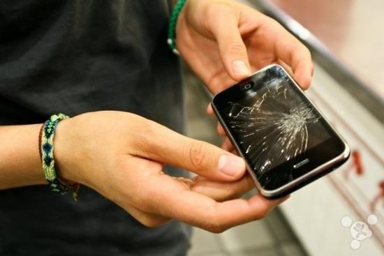 全玻璃iPhone 令人擔憂:會不會把人修窮?