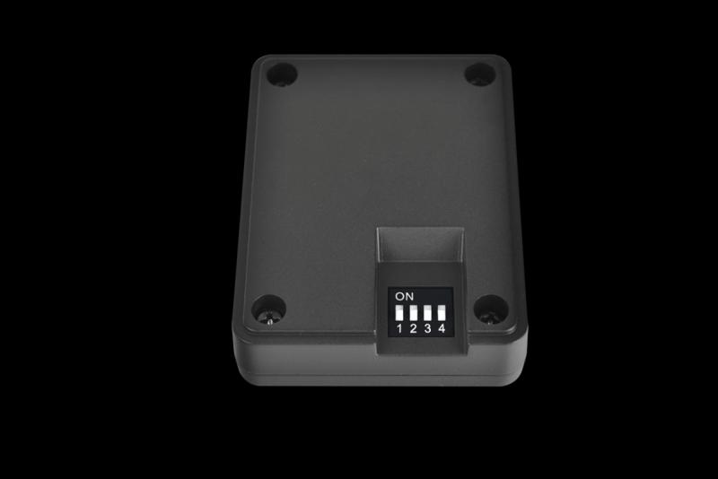 曜越 TT Premium頂級版 Riing RGB 256色LED專利設計12公分水冷排風扇