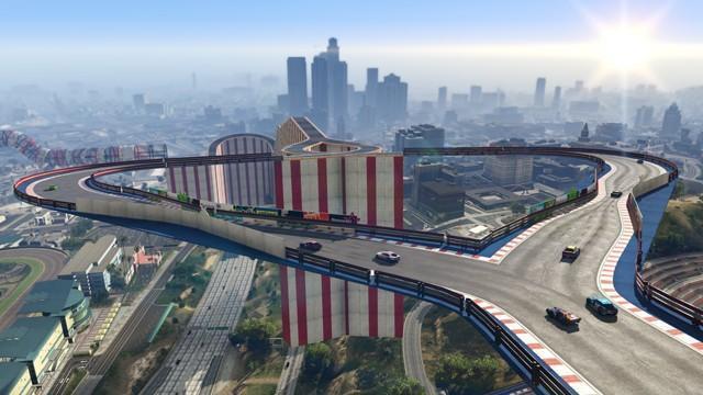 GTA 線上模式特技競速製作器與「逃出生天」模式現已推出