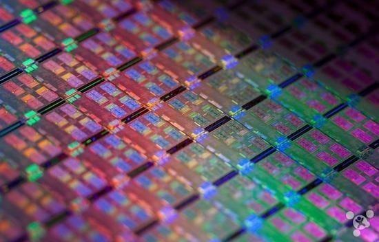 為搶占蘋果A12訂單,各大廠商卯足勁研發7nm芯片