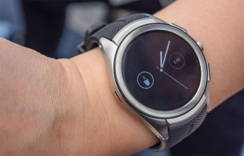 Android智能手錶遇冷:LG華為聯想今年或不推新品