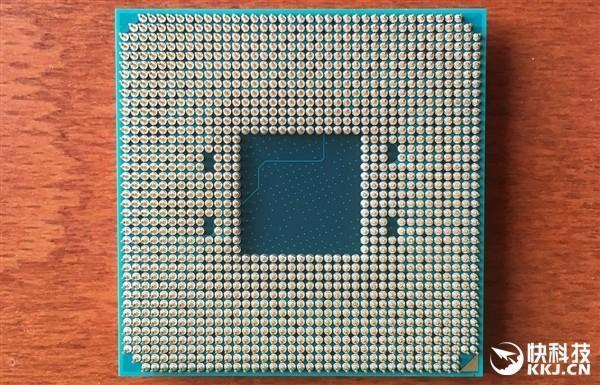AMD AM4 CPU 腳位照流出