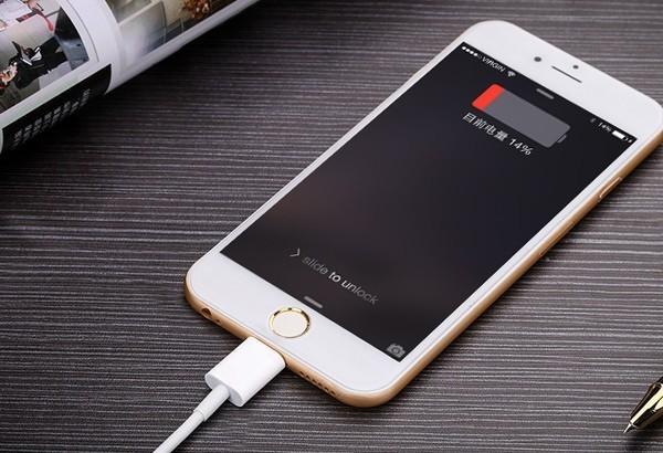 蘋果官方回應iPhone電量剩餘卻自動關機事件,符合條件可免費更換電池