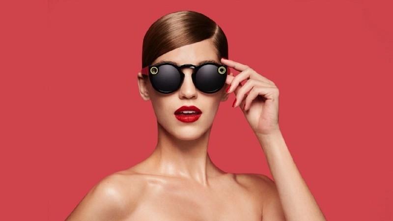 Snapchat智慧墨鏡 紐約快閃店引爆搶購
