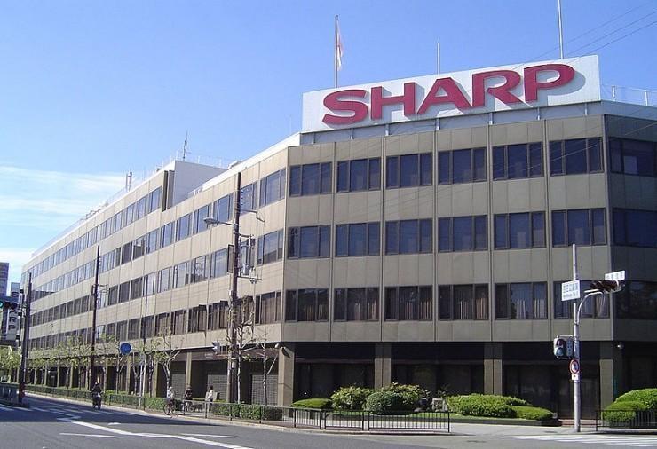 鴻海擬與夏普在華建設大型液晶面板廠,總投資達480億