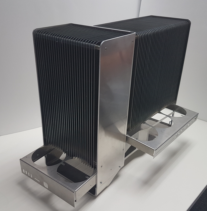 CALYOS推出NSG S0無風扇散熱解決方案桌上型電腦,使用i7-7700K處理器配GTX 1080 Ti顯示卡