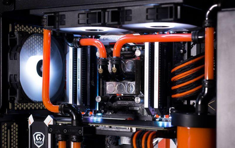 CORSAIR 水冷電腦